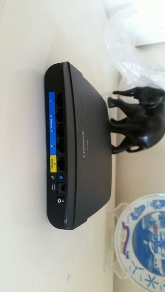 Used New Linksys Wireless router in Dubai, UAE