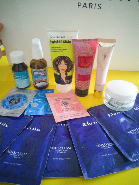 Used Beauty and health bundle 15pc in Dubai, UAE