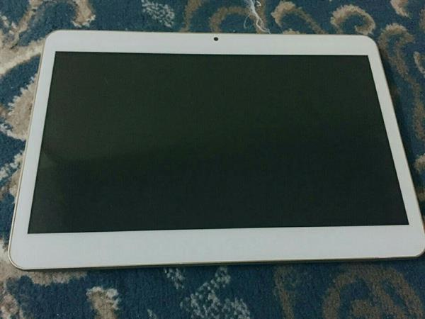 Used Innjoo Tablet 10.1 Inch 3g 16 Gb with box and charge with box in Dubai, UAE