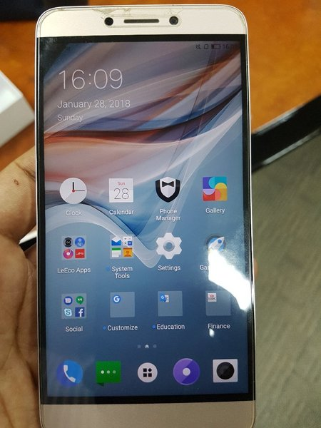 Used LeEco Le1S(Intl version)32GB full bundle in Dubai, UAE