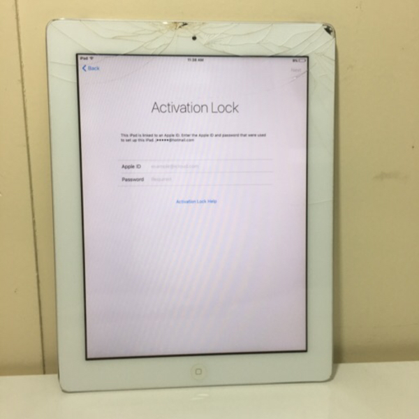 Used Apple ipad 2 # I cloud lock in Dubai, UAE