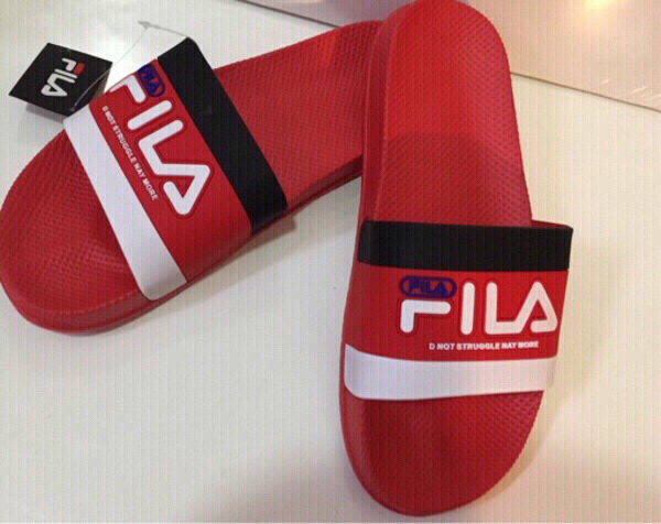 Used Fila slippers size 42 in Dubai, UAE