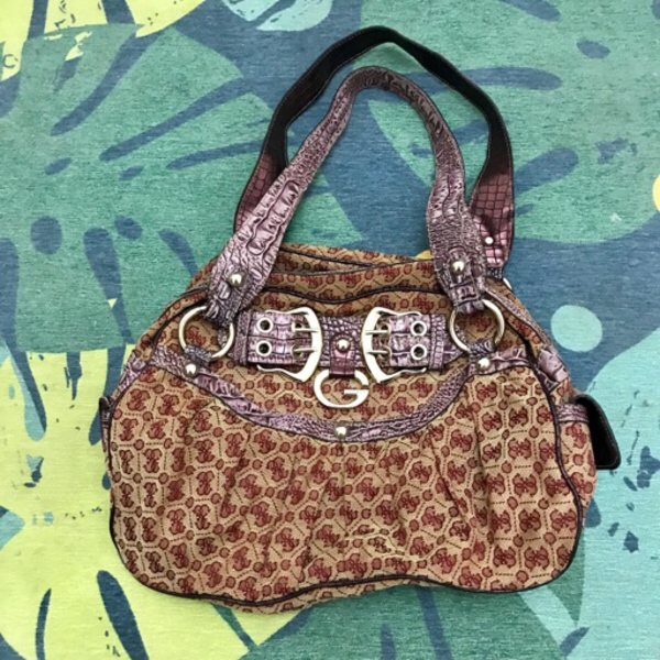 Used Guess Bag Limited Edition in Dubai, UAE
