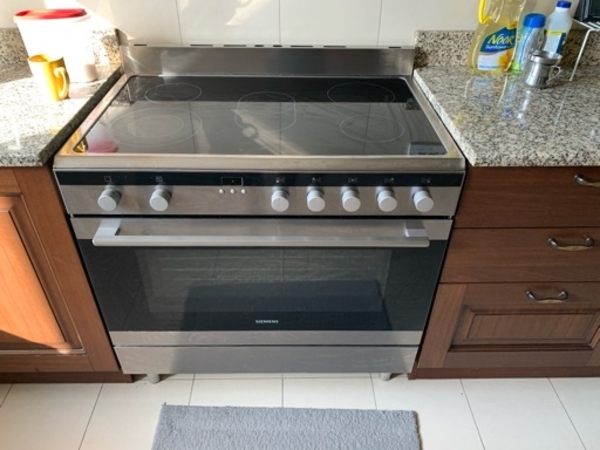 Used Various kitchen & house hold appliances in Dubai, UAE