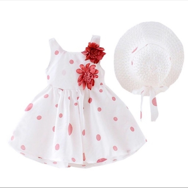 Used Toddler dress polka dots and hat 9-12M in Dubai, UAE
