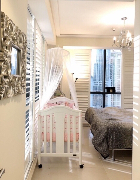 Used Crib with matress (almost like new) in Dubai, UAE