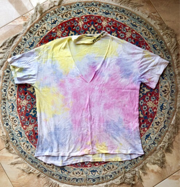 Used Tie-dye T-shirt in Dubai, UAE