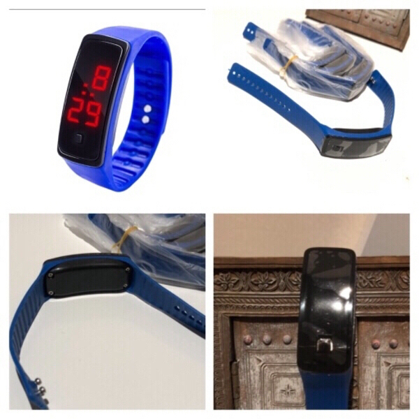 Used 4 smart watches silicon for kids in Dubai, UAE