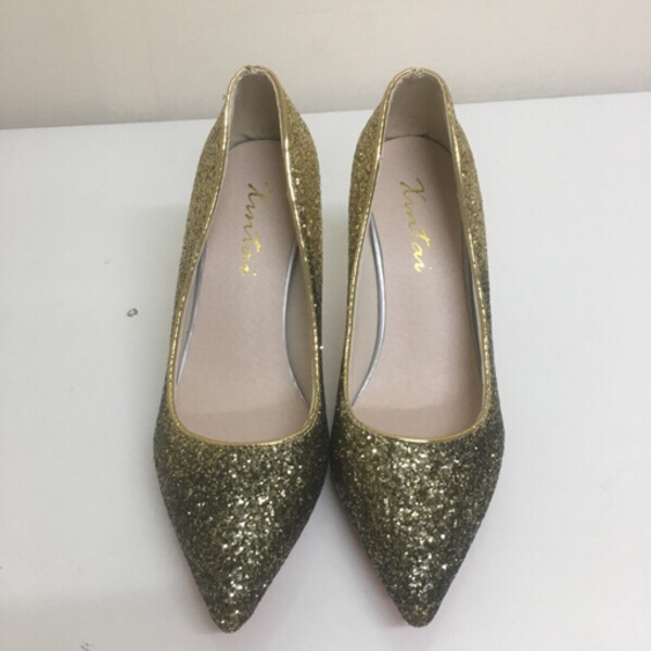 Used Sparkly gold glitter  high heels in Dubai, UAE