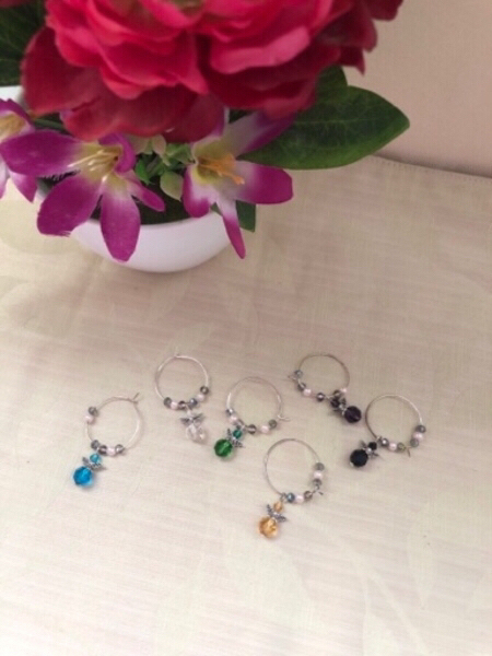 Used NEW 6pcs.Holiday Decors+Wine Cup Charms in Dubai, UAE