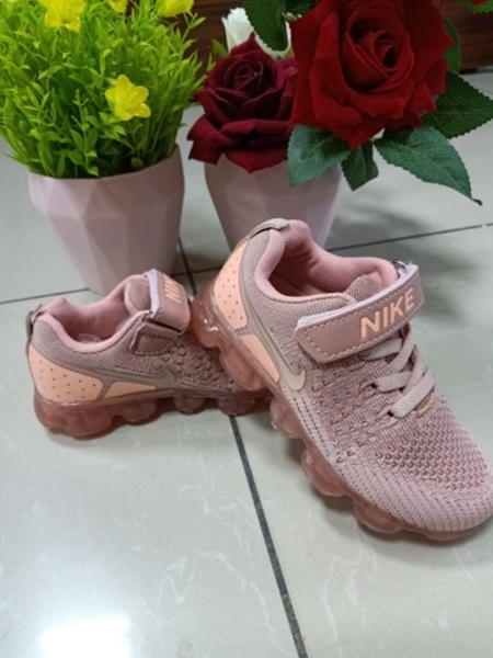 Used OFFER KIDS SHOES 26 to 35size availableb in Dubai, UAE