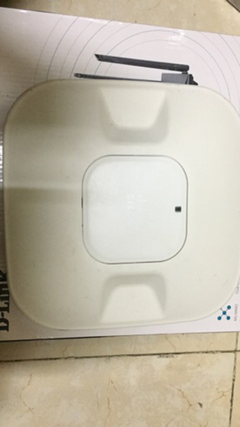 Used Cisco router airlap1042n in Dubai, UAE