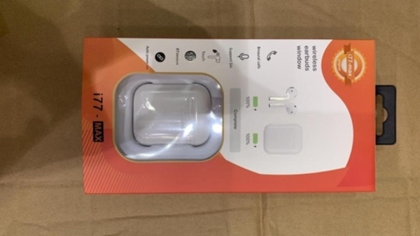 Used I17 wireless airpods with free case in Dubai, UAE