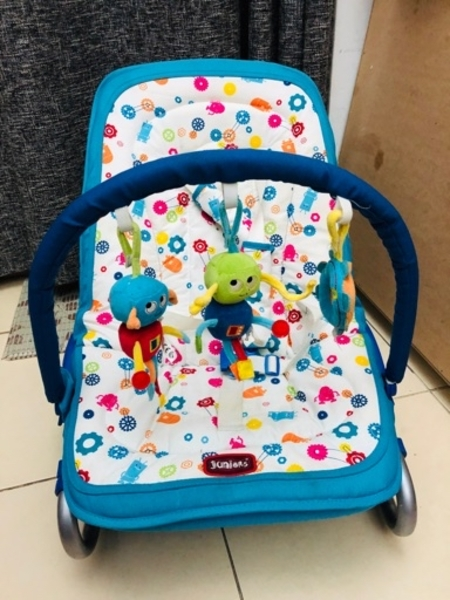Used BABY BOUNCER / ROCKER LIKE NEW in Dubai, UAE