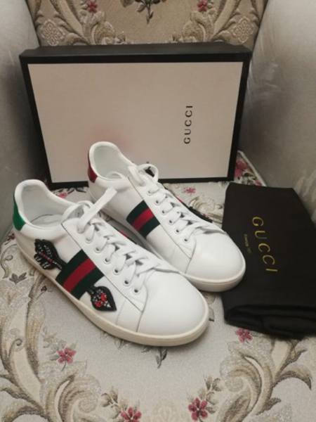 Used GUCCI LEATHER SNEAKERS,size40 in Dubai, UAE
