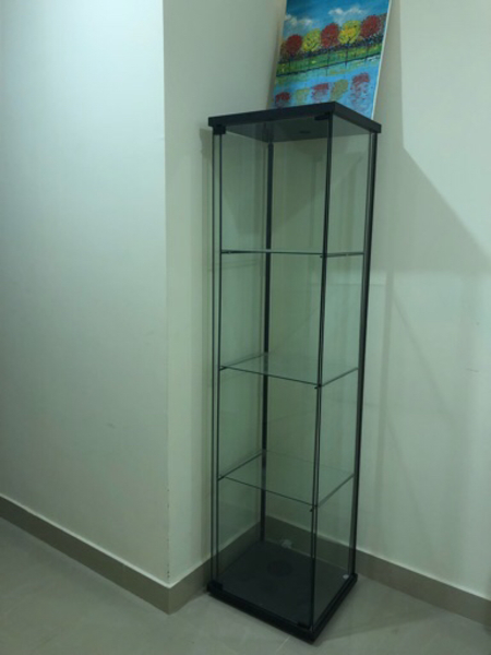 Used Decoration cabinet in Dubai, UAE