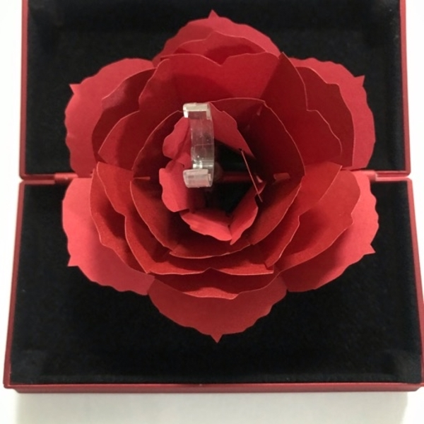 Used Red pop rose ring holder in Dubai, UAE