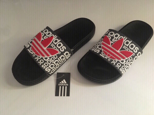 Used Adidas slippers size 40 new in Dubai, UAE