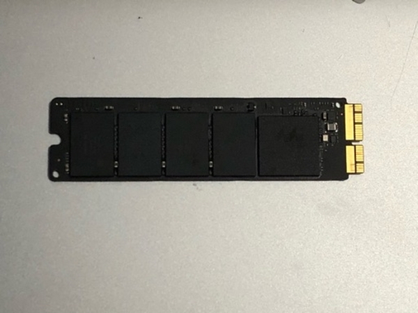 Used 256 GB SSD for MacBook 2013 to 2015 in Dubai, UAE