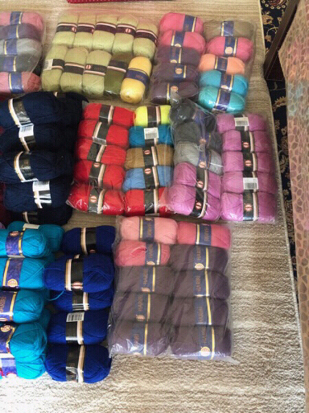 Used Bundle knitting yarn and more in Dubai, UAE