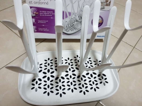 Used Philips Avent Drying Rack and Diaperpail in Dubai, UAE