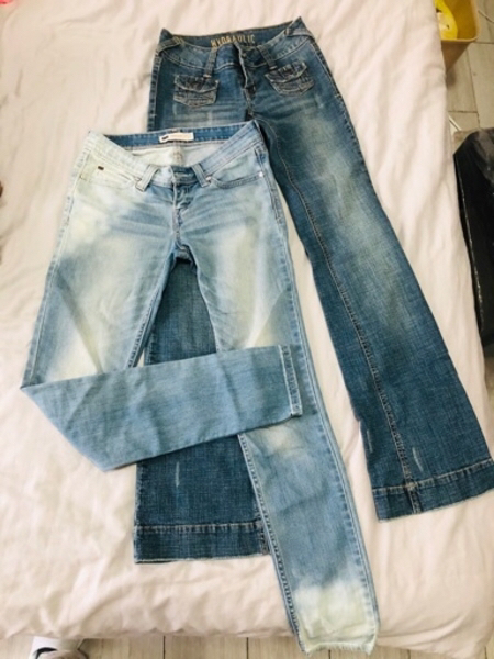 Used 2 branded jeans bundle size 25 in Dubai, UAE
