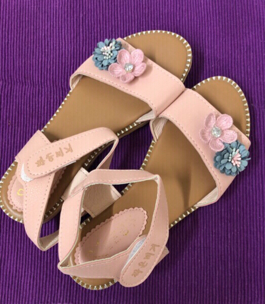 Used Girl Pink Sandals/ 36 size in Dubai, UAE