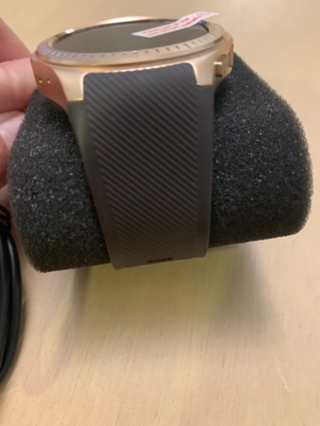 Used Brown and gold smart watch in Dubai, UAE