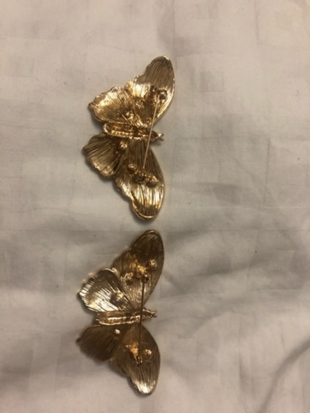 Used Butterfly Brooches in Dubai, UAE