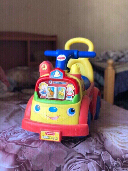 Used Fisher price Little people Music🎶Ride in Dubai, UAE