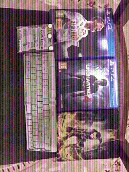 Used 3 ps4games+120GBHER DESK+keyboard 70AED in Dubai, UAE