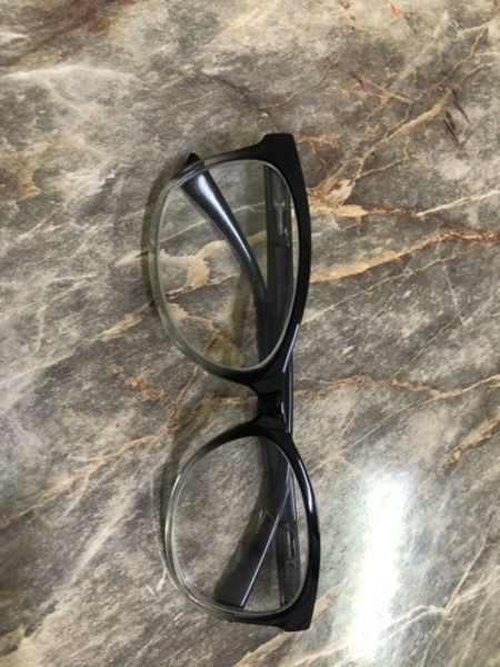 Used adjustable Glasses 2pc in Dubai, UAE