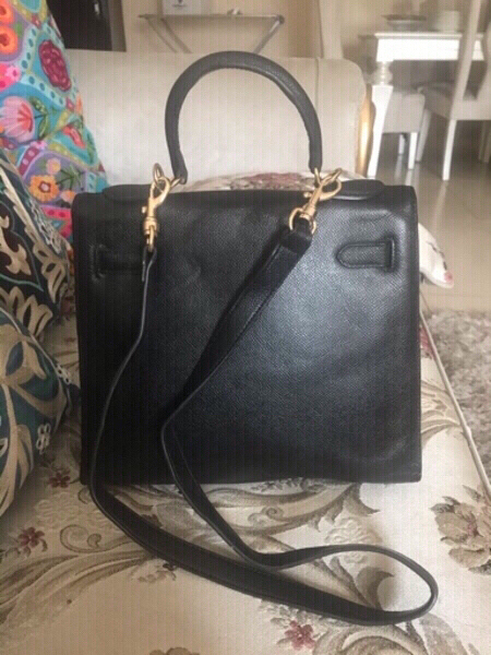 Used HERMES BAG... GOOD QUALITY LEATHER.. in Dubai, UAE