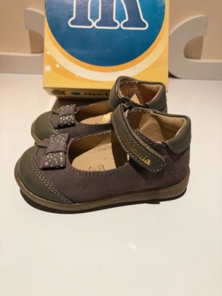 Used Girls shoes size Eu 22 suede in Dubai, UAE