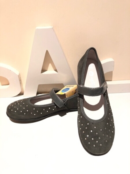 Used Ballerinas grey size EU 35 in Dubai, UAE