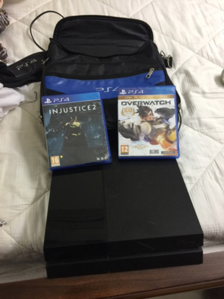 Used Ps4 With Bag And 2 Games 500gb SALE in Dubai, UAE