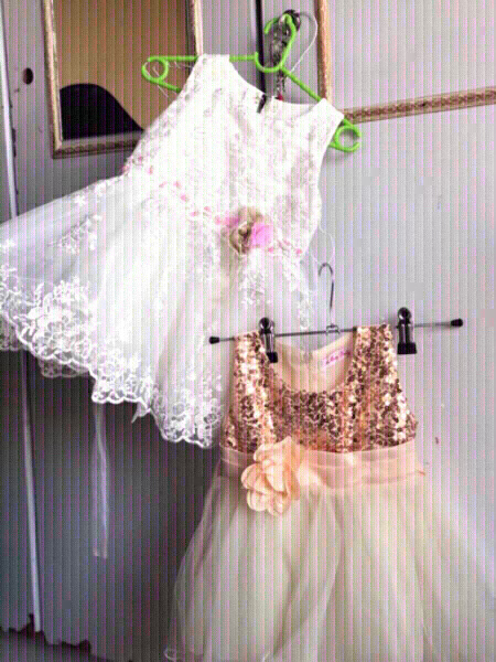 Used New gowns white floral& Golden glitter ✨ in Dubai, UAE