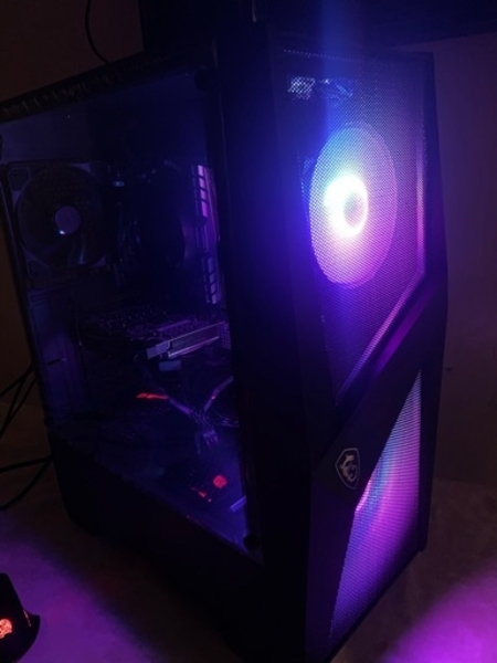 Used Ryzen gaming pc for 3700Dhs in Dubai, UAE