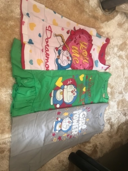 Used 5pieces T shirt for girls in Dubai, UAE