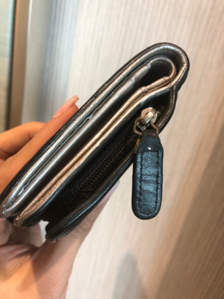 Used Chanel carbon camelia wallet in Dubai, UAE