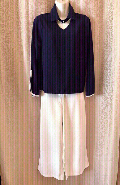 Used Top & Pants suit size 2XL in Dubai, UAE