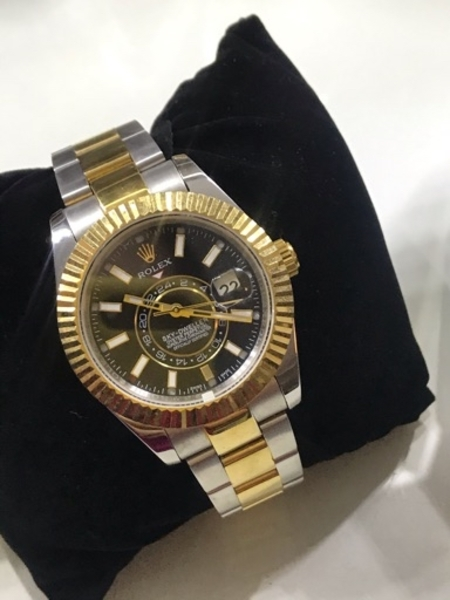 Used ROLEX Wristwatch M⌚️ in Dubai, UAE