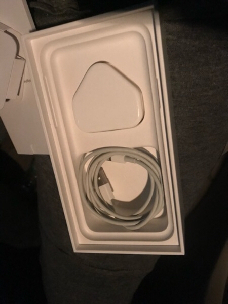 Used iphone X 256gb Space Gray W/ Box & acces in Dubai, UAE