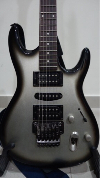 Used Gorgeous Ibanez Electric Guitar in Dubai, UAE