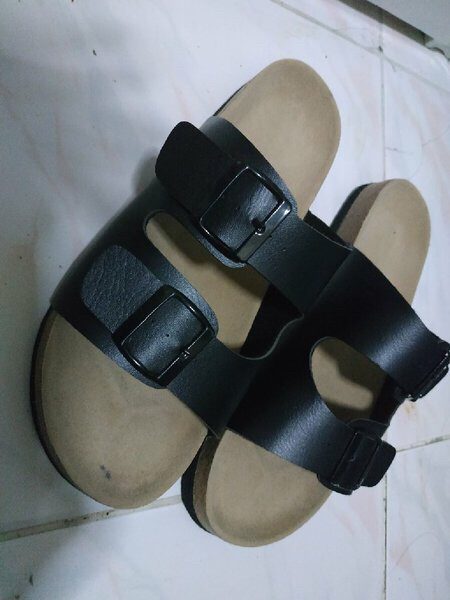Used Mens Slippers (Birken Inspired) in Dubai, UAE