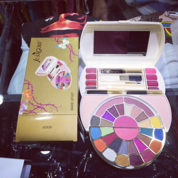 Used Brand New Just Gold Makeup Kit jg-939 in Dubai, UAE