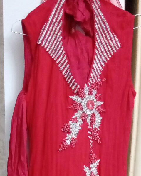 Used Indian dress new for slim girl or small in Dubai, UAE