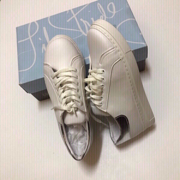 Used Sneakers 👟 size 38 (new) in Dubai, UAE