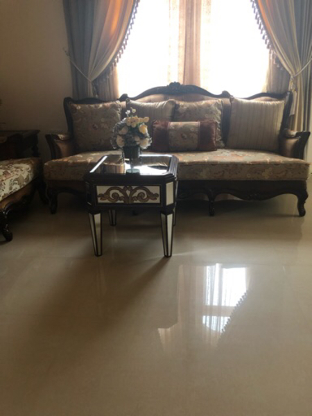 Used Sofa sets with the tables  in Dubai, UAE