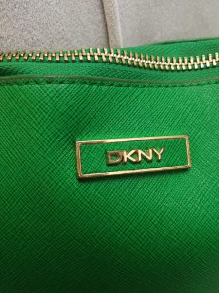 Used AUTHENTIC DKNY REAL LEATHER ZIP POUCH.. in Dubai, UAE